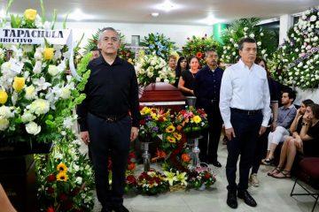 Asiste Rutilio Escandón a homenaje de cuerpo presente del alcalde de Tapachula