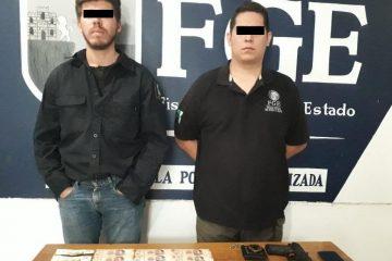 Detenidos por extorsión y usurpación de funciones