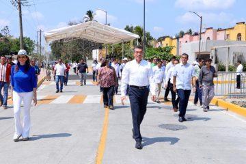 Inaugura Rutilio Escandón pavimentación con concreto hidráulico del antiguo camino a La Pita