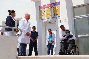 Dan de alta a primer paciente hospitalizado por COVID-19 de la Clínica Alterna de Palenque