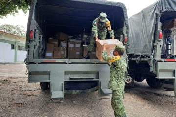 Sedena continúa con entrega de material e insumos médicos para atender COVID-19
