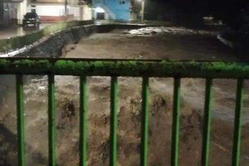 Se desborda río en Yajalón; sin daños reportados