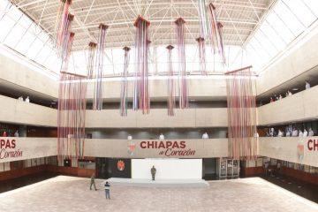 En nombre del pueblo de Chiapas, Rutilio Escandón rinde homenaje a víctimas de COVID-19