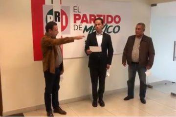 Bajan a Julián de la dirigencia del PRI