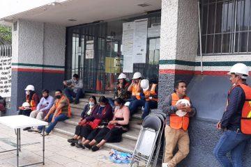 Habitantes de Tenejapa exigen a SCT que concluya construcción de tramo carretero