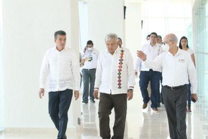 """Presidente AMLO y Rutilio Escandón inauguran ampliación del Aeropuerto Internacional """"Ángel Albino Corzo"""""""