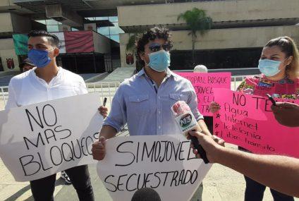 Alto a los bloqueos carreteros en Simojovel, Chiapas, exigen pobladores