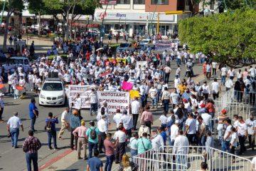 Con mega movilización, transportistas reconocen al Gobernador Rutilio Escandón por acciones a favor del sector