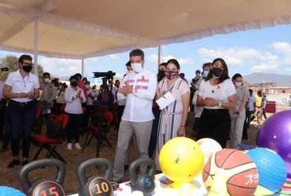 Con inversión superior a 16 mdp, entregan equipamiento a 876 centros deportivos de Chiapas