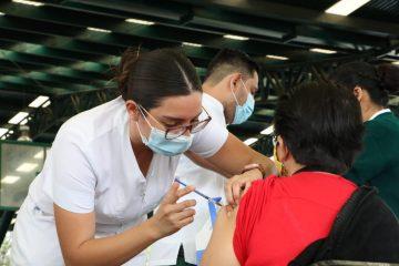 Este sábado funcionan dos puntos de vacunación en Tuxtla Gutiérrez