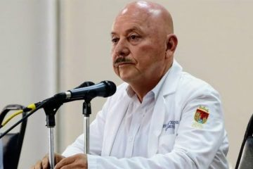 Playas seguirán cerradas y no hay forma de negociar suspensión de Ley Seca: Secretaría de Salud
