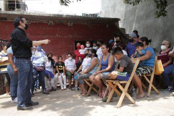 Apoyar a mujeres víctimas de violencia, propone Emilio Salazar