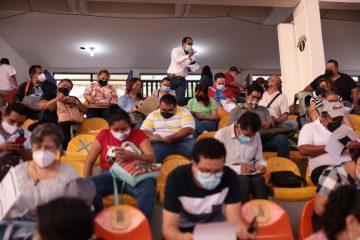 Ampliarán fechas para vacunar a trabajadores del área educativa