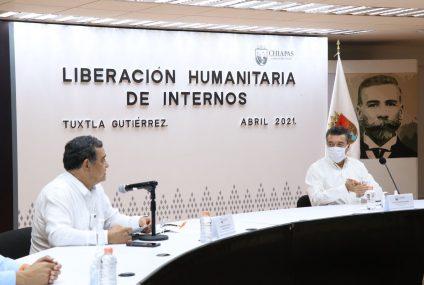 Realizan liberación humanitaria de 262 mujeres y hombres internos en penales de Chiapas