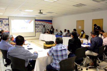 Realiza Canaco segundo encuentro con candidatos a diputados federales por tuxtla