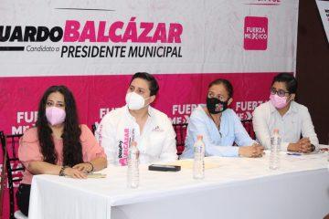 Propondré sanciones drásticas a maltratadores de animales: Eduardo Balcázar