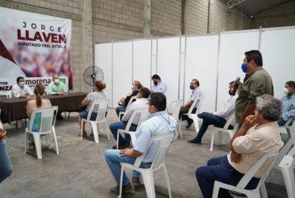 Se suman más empresarios chiapanecos al proyecto político de Llaven Abarca