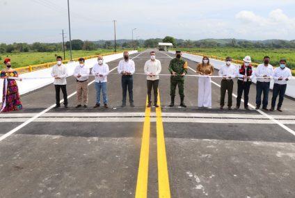 En Tapachula, inaugura Rutilio Escandón la reconstrucción del puente Coatán