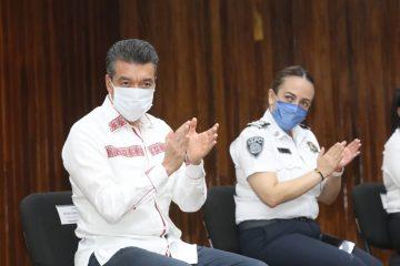 En Chiapas se forman policías profesionales en áreas operativa, de investigación y administrativa