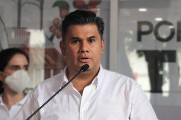Llama Willy Ochoa a acelerar vacunación con el apoyo de la iniciativa privada