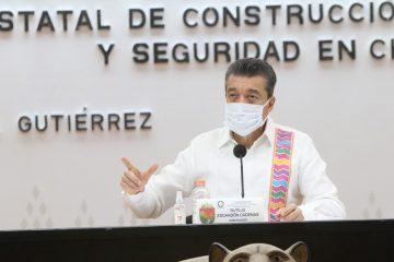 Continúa arribo de vacunas para proteger al pueblo de Chiapas contra COVID-19: Rutilio Escandón