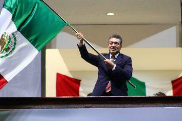 Rutilio Escandón encabeza ceremonia del 211 Aniversario Grito de Independencia