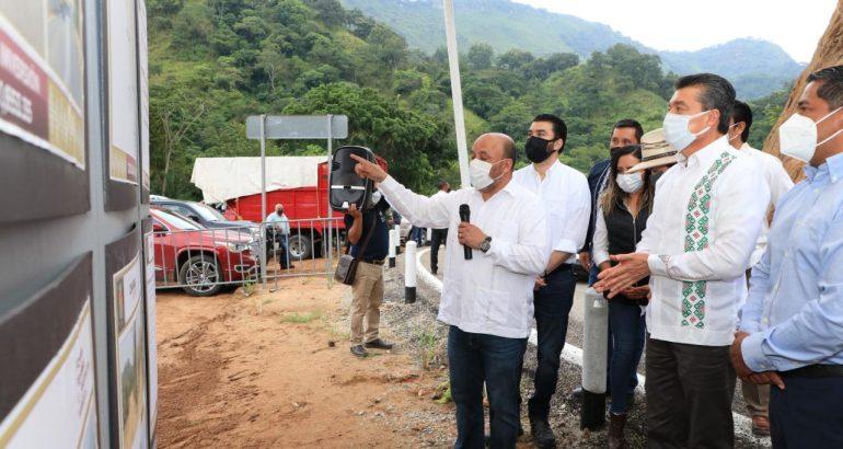 Inaugura Rutilio Escandón modernización y ampliación del camino Cintalapa-Rafael Cal y Mayor
